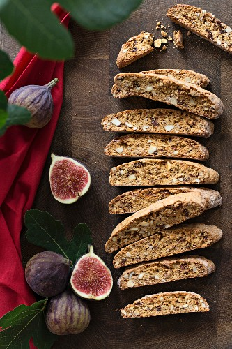 Almond and fig biscotti