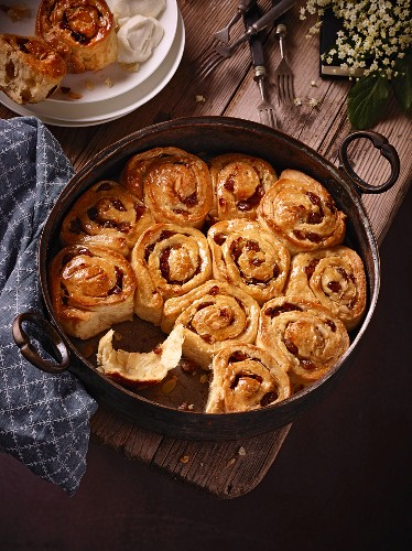 Buchteln (baked, sweet yeast dumplings) in an iron pan