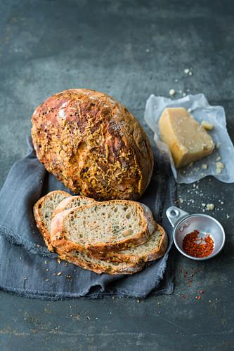 No Knead Parmesan-Chili-Brot