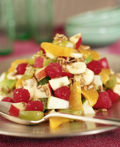 Fruit salad with sunflower seeds