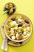 Pasta, beef and mozzarella salad with olives