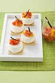 Goat's cheese with pepper and vanilla jam