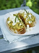 Courgettes and fresh goat's cheese on toast