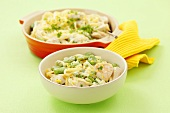 Ribbon pasta with chicken, broad beans and cream sauce