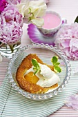 Clafouti with apricots and cream