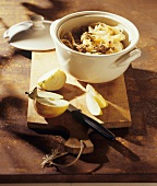White cabbage with lamb and apple