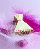 Iced cake (dress) with feathers