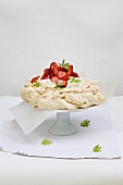 Woodruff meringue tart with strawberries