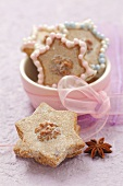 Star-shaped walnut biscuits