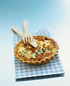 Crab tartlet made with orange shortcrust pastry