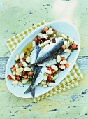 Bean salad with oily sardines