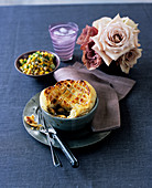 Chicken pie with leek and mushrooms