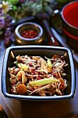 Japanese-style chicken with sprouts and mushrooms
