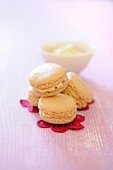 Almond macaroons with maple syrup