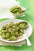 Lima beans with sunflower seeds and dill
