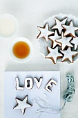 Cinnamon stars and letters
