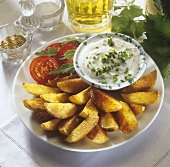 Spicy potato wedges with dip