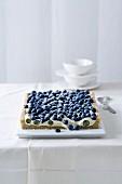 Blueberry tart with white chocolate cream