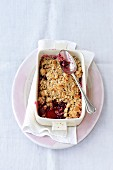 Wholemeal cherry crumble
