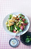 Fruity nut salad with chicken and vegetables
