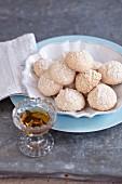 Amarettini (almond macaroons, Italy)