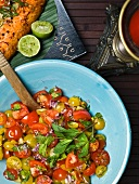 Tomato salad with onions and mint (Caribbean)