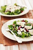 Lamb's lettuce with beetroot, feta and red onions