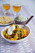 Vegetable curry with sour cream