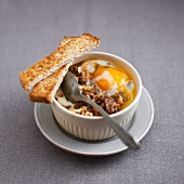 Minced beef with peanuts and coddled egg