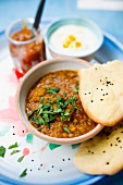 Lentil soup with unleavened bread