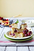 Grape and raspberry cake with cream