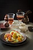 Bread salad with figs, Para ham, fennel and mozzarella