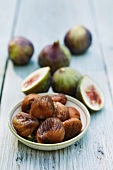 Dried figs and fresh figs