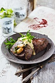 Chateaubriand with Bearnaise sauce, garlic and tarragon