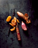 Dried apricots, vanilla pods and shallots