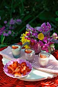 Vanilla panna cotta with strawberries