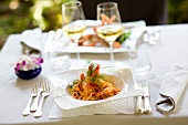 Spaghetti ai gamberi (pasta with prawns, Italy)