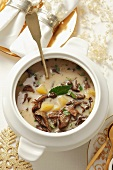 Mushroom soup with potatoes and sour cream (Christmassy)