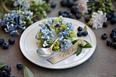 Wreath of hydrangea & lady's mantle florets with name tag