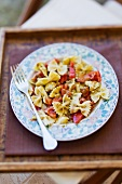 Pasta salad with tomatoes and pesto