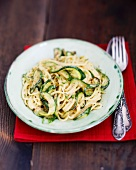 Spaghetti carbonara with courgette