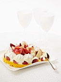 Vacherin cheesecake with nectaries and peaches