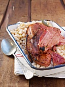 Grilled ham with white beans