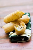 Spring rolls filled with pear and cheese