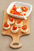 Puff pastry tartlets with cherry tomatoes