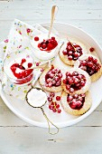 Biscuits with redcurrants and goat's milk yoghurt