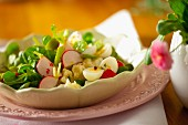 Colourful salad with quail's eggs