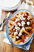 Macaroni with sundried tomatoes and feta