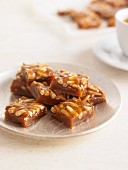 Honey toffees with pine nuts