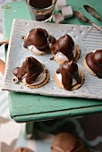 Meringues with chocolate icing